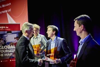 """Le Roi Philippe récompense CitizenLab en tant que """"Student Startup de l'année"""""""