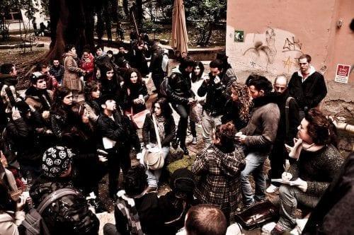 Pourquoi Les Initiatives Citoyennes Sont Essentielles à la Démocratie Locale : 4 Facteurs Clés pour leur Réussite